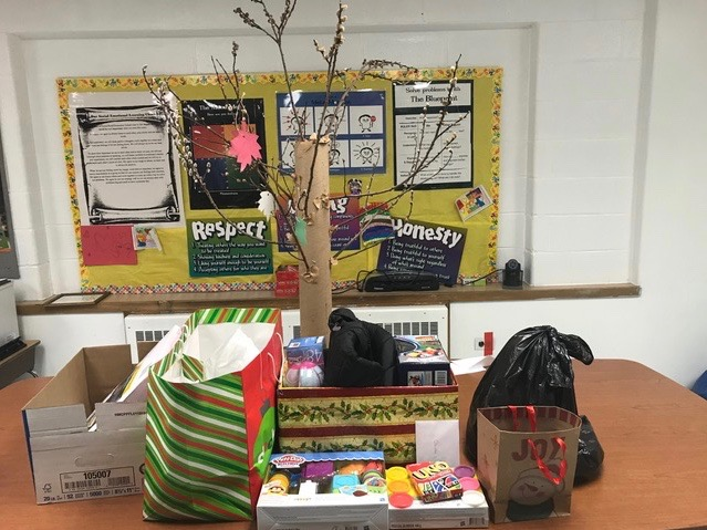The Season of Giving at Forest Road School Photo