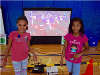 Photo of Forest Road Students with iGame4 Program
